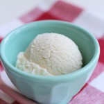 Creamy Dreamy Vegan Vanilla Ice Cream!