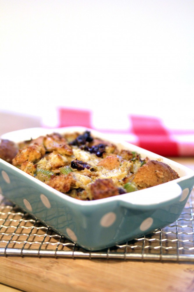 The Best Vegan Stuffing For Thanksgiving|juliehasson.com