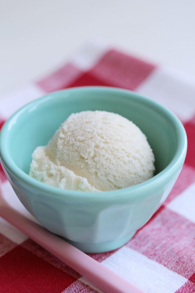 vegan ice cream, vanilla, gluten-free